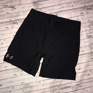 Black UA compression shorts